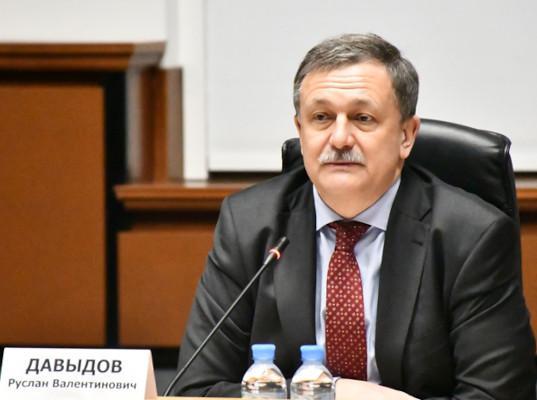 Руслан Давыдов: «Мы уделяем пристальное внимание решению кадрового вопроса в Центрах электронного декларирования»