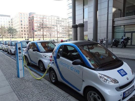Страны ЕАЭС договорились не взимать транспортный налог на электрокары - Новости таможни