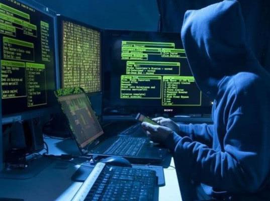 В России зафиксирована самая мощная кибератака через 80 тысяч сотрудников банков