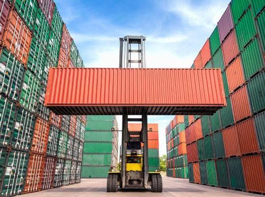 Большой порт Санкт-Петербург лидирует по контейнерообороту среди портов России в январе – мае 2019 года