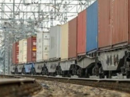 Перевозки контейнеров на Дальневосточной железной дороге выросли на 18,8% в январе - мае