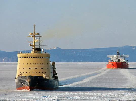 Россия вводит ограничения на использование Севморпути