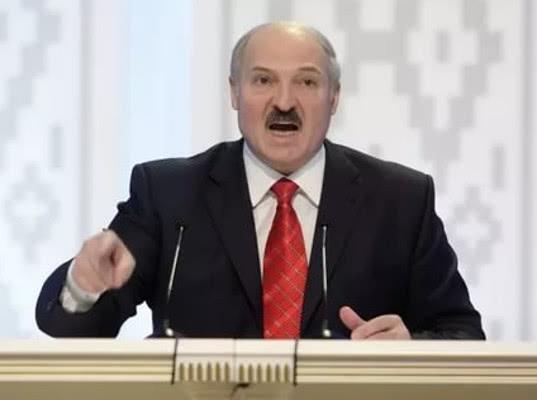 Лукашенко намерен решить вопрос с поставками продуктов в РФ путем «народного экспорта» - Новости таможни
