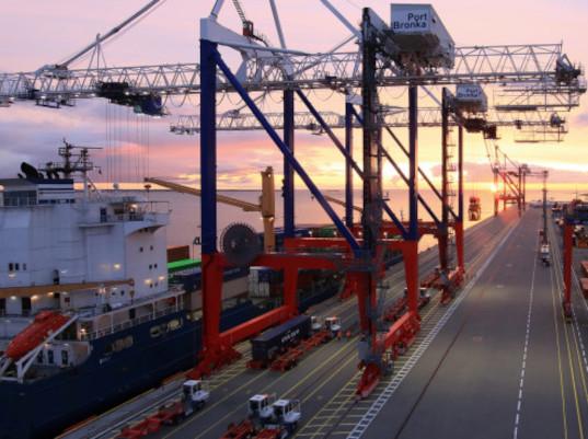 В порту Бронка повышены меры безопасности при досмотре контейнеров с опасными грузами - Логистика