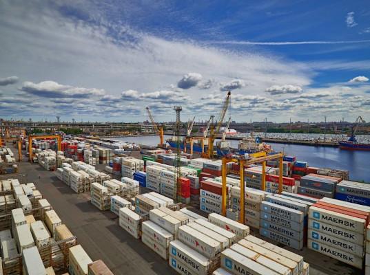 Нефть ушла от нас: порты российской Балтики снижают обороты