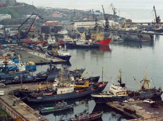 Декларации на товары, ввозимые на Сахалин морскими судами, должны подаваться во Владивостокский ЦЭД - Новости таможни