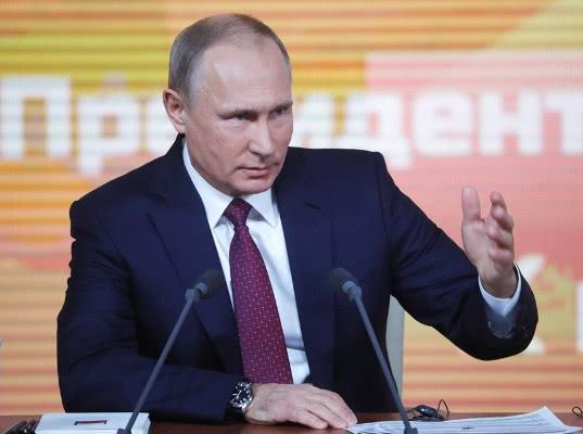 Владимир Путин лично и неоднократно объяснит, почему нужна пенсионная реформа - Экономика и общество