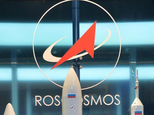 «Роскосмос» лишится крупнейшего заказа из-за претензий ФСБ к спутниковой сети OneWeb