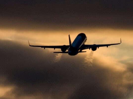 Росавиация запретила полеты десяти самолетов из-за несоответствия требованиям - Логистика