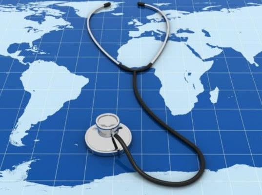 Россияне стали гораздо реже ездить на лечение за границу