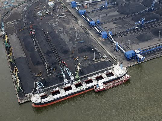 Конфликт вокруг портовых активов Ленлобласти вошел в острую фазу