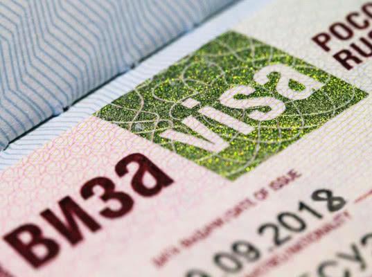 Работникам-иностранцам продлят срок действия визы на Дальнем Востоке
