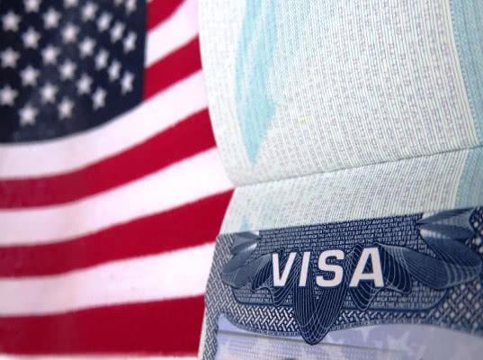 США возобновят выдачу виз в российских регионах
