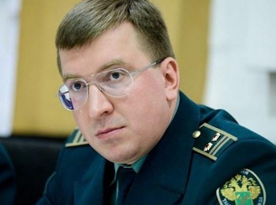 Суд заочно арестовал сбежавшего на Украину таможенника - Криминал