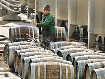 В Госдуме предложили запретить ввозить алкоголь из ЕС и США - Обзор прессы - TKS.RU