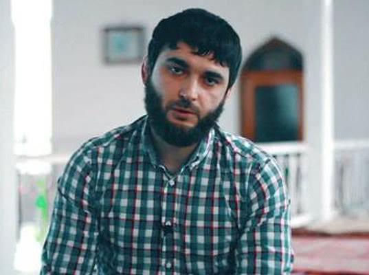Три дагестанских газеты выйдут с одинаковой первой полосой-слоганом «Я/Мы Абдулмумин Гаджиев»