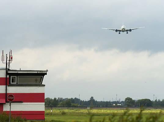 Путин поручил заключить с дочкой Гапрома соглашение о модернизации до 2022 года петербургского аэродрома