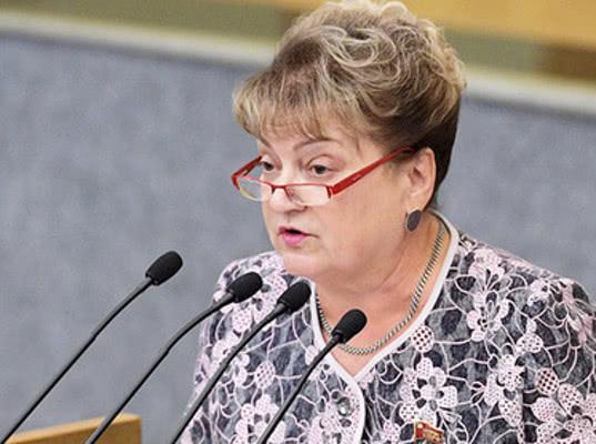 Володин похвалил депутата-коммунистку за то, что она больше не матерится в соцсетях - Экономика и общество