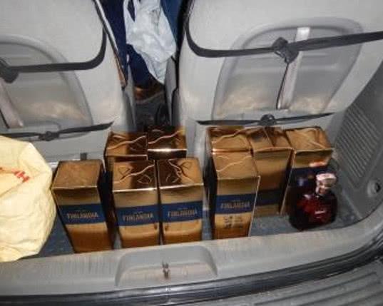 «Разделить» не получилось: алкоголь, значительно превышающий нормы ввоза, изъят в пункте пропуска Армянск - Криминал