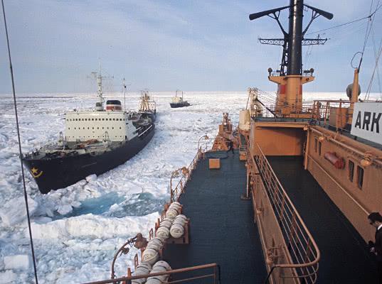 Береговая охрана США требует у России Севморпуть. Пока по-хорошему - Логистика