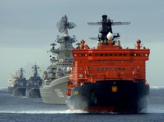Атомный ледокол «50 лет Победы» впервые в истории провел военную флотилию через Северный морской путь - Логистика