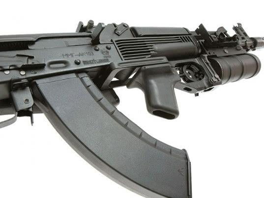 Саудовская Аравия получит от России автоматы АК-103