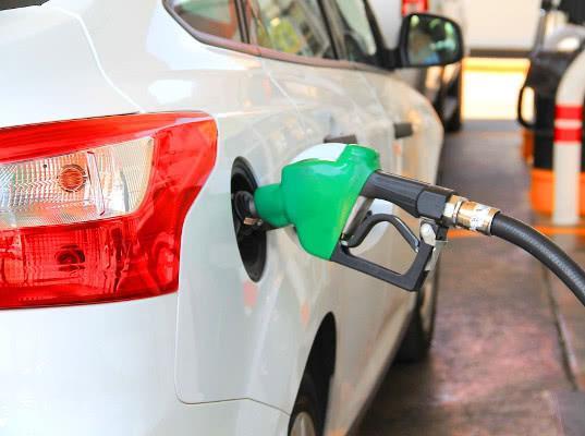 Госдума попросила не повышать акцизы на топливо в дальнейшем во избежание роста цен - Обзор прессы