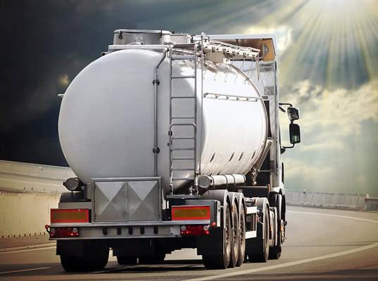 Челябинскими таможенниками пресечена контрабанда  нефтепродуктов в крупном размере - Криминал