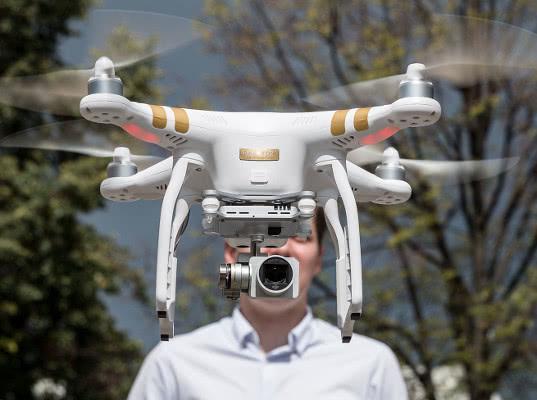 Минтранс предлагает сбивать беспилотники за нарушения воздушного пространства - Логистика