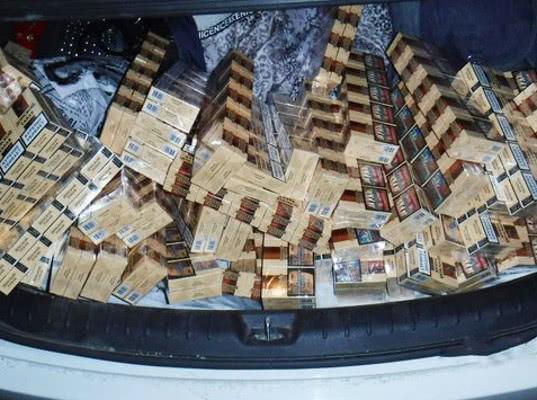 На российско-абхазской границе задержана иномарка с табачной продукцией