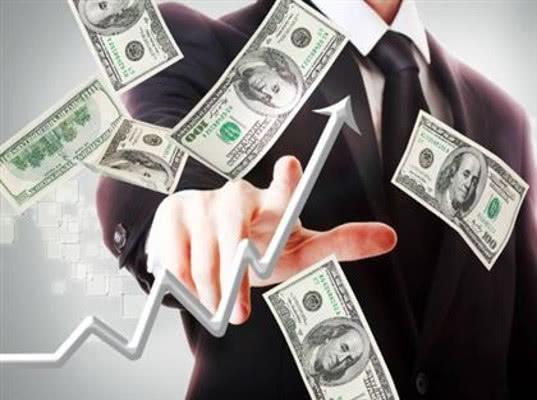 Курс доллара превысил 67 рублей впервые за два года - Экономика и общество