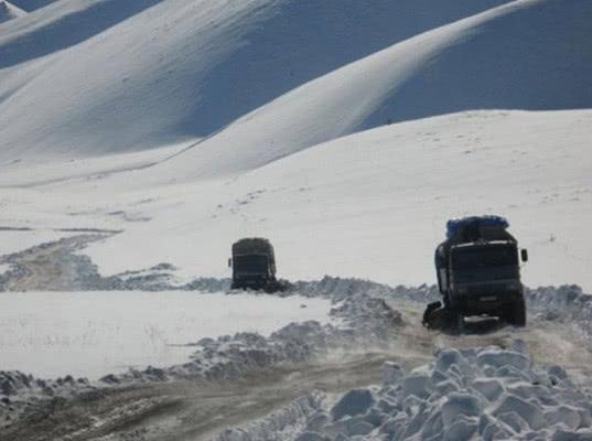 Потепление в Арктике негативно сказывается на состоянии автозимников Якутии