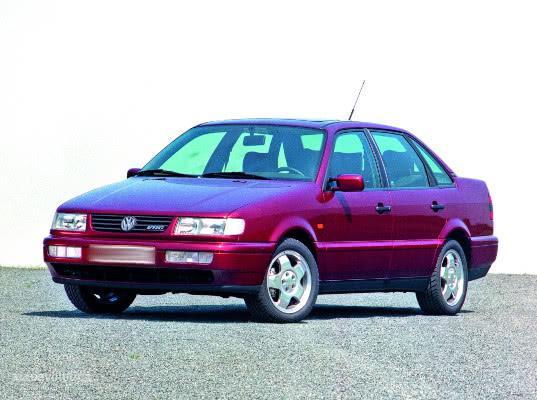Санкт-Петербургская таможня изъяла Volkswagen Passat за нарушение правил временного ввоза - Криминал