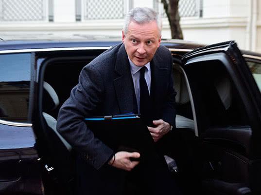 Франция предложила России осуществить санкционный маневр - Обзор прессы