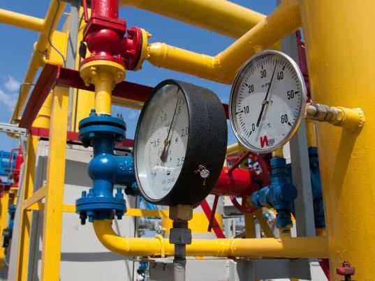 ЕК следит за поставками российского газа через Украину - Обзор прессы