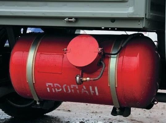 """Ассоциация европейского бизнеса хочет обнулить оплату """"Платону"""" для газомоторных грузовиков свыше 12 тонн"""