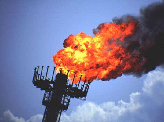 В «Роснефти» назвали троллингом идею Минфина о налоге на попутный газ - Экономика и общество