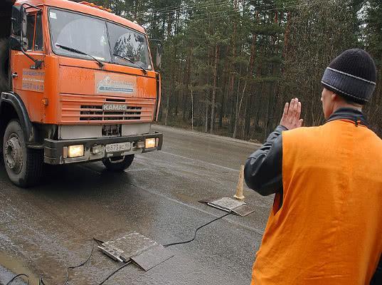 В Петербурге ужесточают систему контроля за грузоперевозчиками - Логистика