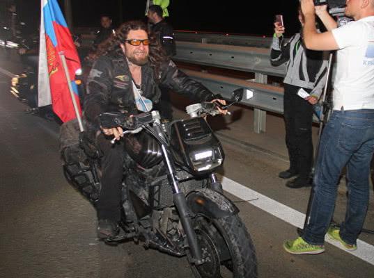 Байкеры - одни из первых нарушителей на Крымскому мосту. К Путину тоже есть вопросы - Экономика и общество