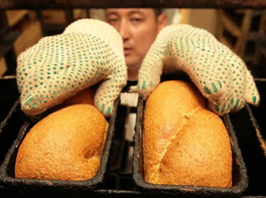 Эксперты опасаются роста цен на хлеб из-за повышения пошлины на оборудование для пищепрома - Новости таможни