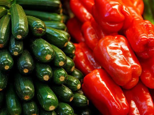 Россельхознадзор запросил у Ирана информацию об объемах производства томатов, перца, кабачков и яблок - Новости таможни