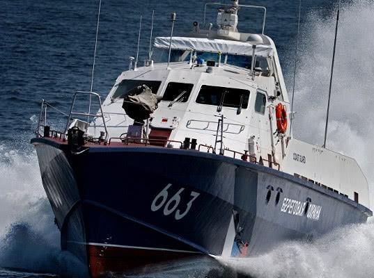 Украина обвинила РФ в задержании 150 судов на пути в украинские порты на Азовском море