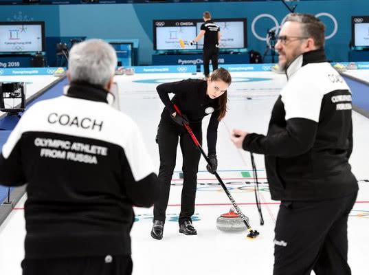 Российские керлингисты выиграли бронзу на Олимпийских играх - Экономика и общество