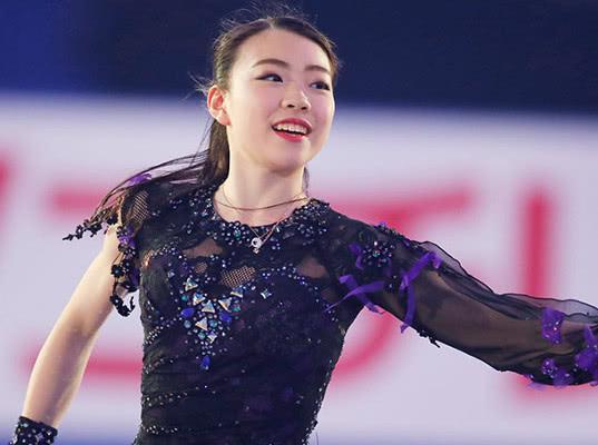 Японская фигуристка Кихира побила мировой рекорд Загитовой в короткой программе - Экономика и общество