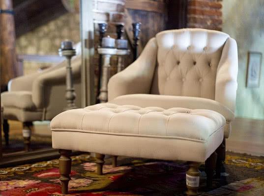 Российских чиновников пожурили за заказ мебели на шесть миллионов рублей - Экономика и общество