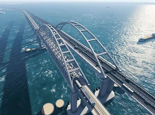 Возведение опор железнодорожной части Крымского моста завершено