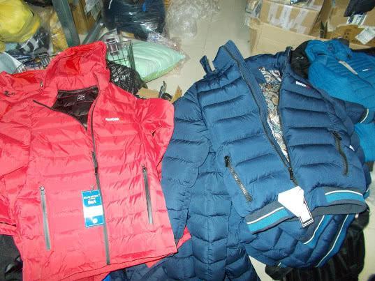 За год саратовские таможенники изъяли более 390 тысяч единиц контрафактной продукции - Криминал