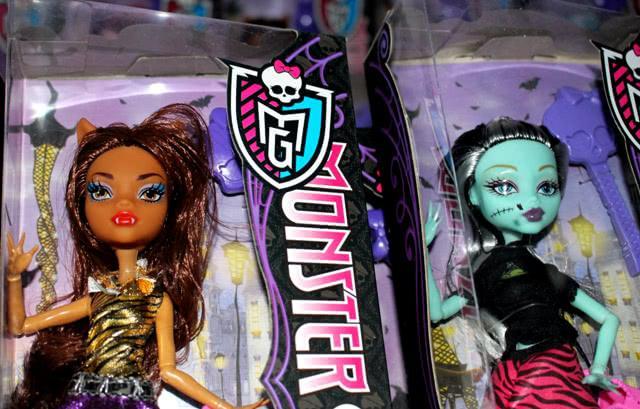 Контрафактные куклы «Monster high» были выявлены ростовскими таможенниками - Криминал
