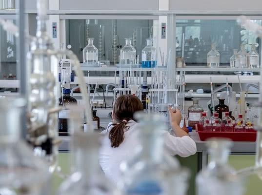 В Татарстане выявили нарколабораторию, работавшую под прикрытием благотворительного фонда - Экономика и общество