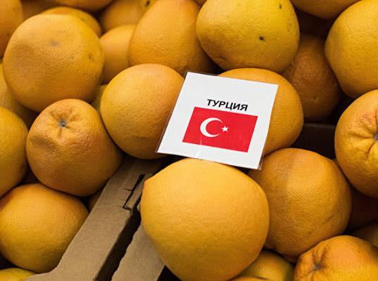 Турецкие экспортеры закупали цитрусовые с мухами у фермеров, не предполагавших поставок в Россию